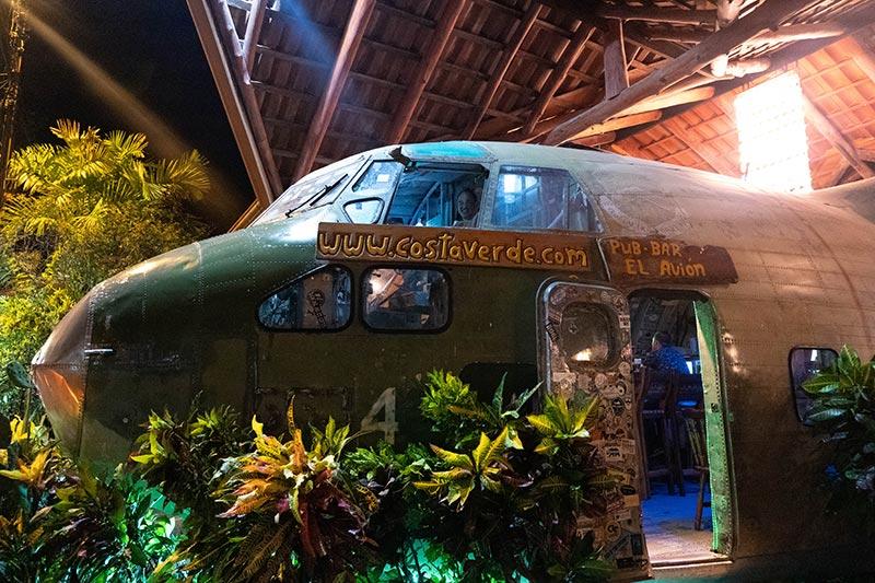 El Avion, an old aeroplane turned into a bar, Manuel Antonio Costa Rica